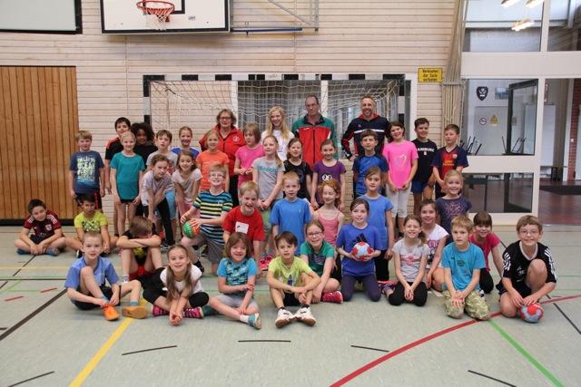 Grundschulhandballtag in der Grundschule Steinkirchen